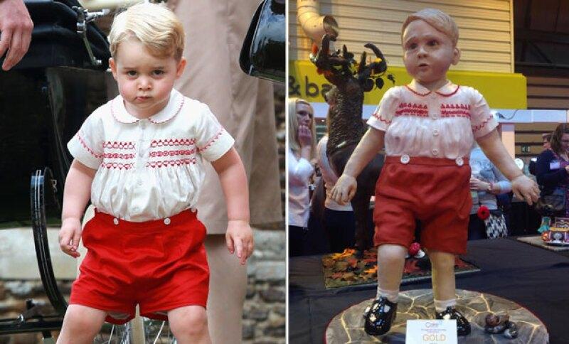 Hasta convertirse en la réplica exacta del pequeño príncipe,