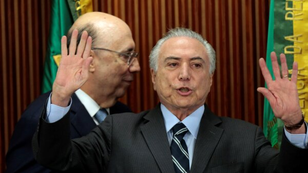 La constructora Queiroz Galvao otorgó recursos a Temer de forma legal, pero provenientes de un esquema de contratos por Petrobras.