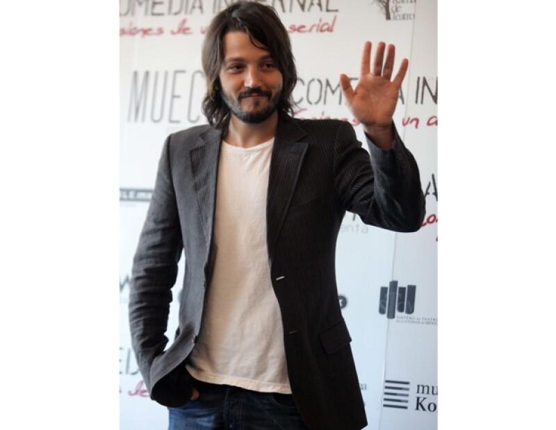 El actor mexicano hará mancuerna nuevamente con Malkovich.