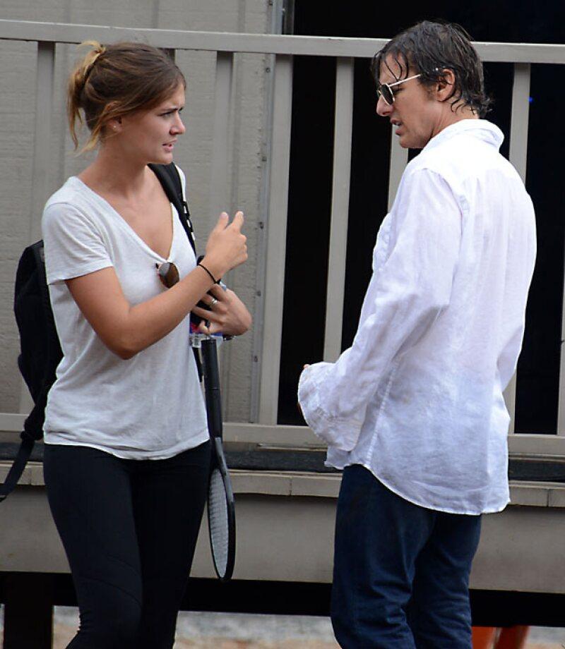 """El protagonista de """"Misión: Imposible"""" parece haber encontrado nuevamente el amor con Emily Thomas, quien además de ser su mano derecha, tiene un gran parecido con la ex del actor, Katie Holmes."""