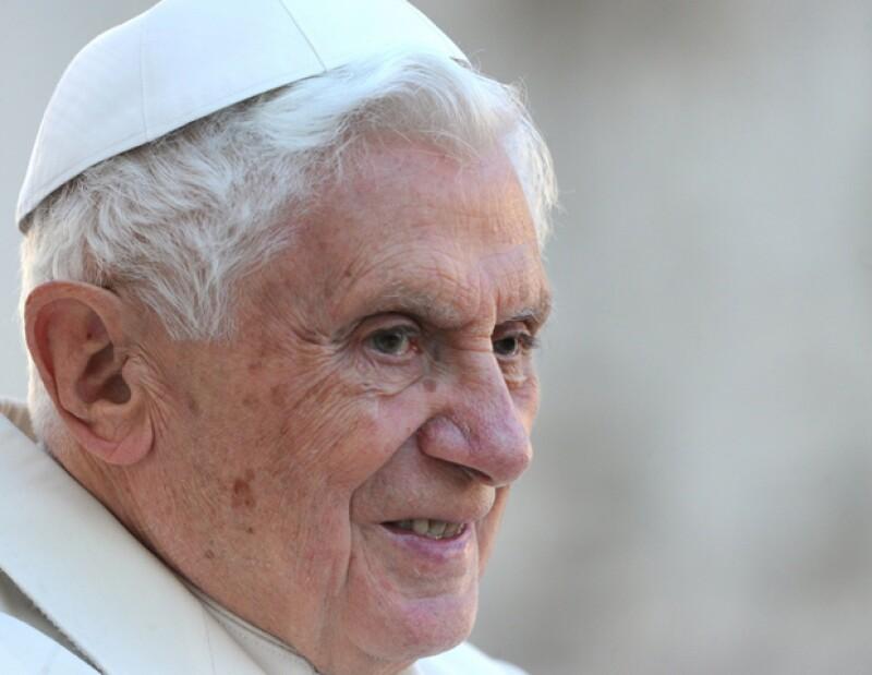 Mijares, Danna Paola, Sheyla, Alexander Acha y Filippa Giordano son algunos de los que estarán presentes mañana cuando Benedicto XVI llegue a nuestro país.