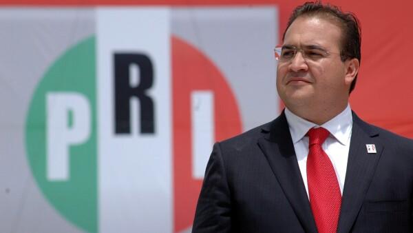 Las acciones del gobernador de Veracruz, Javier Duarte, fueron consideradas como incorrectas por la presidenta del PRI, Carolina Monroy.