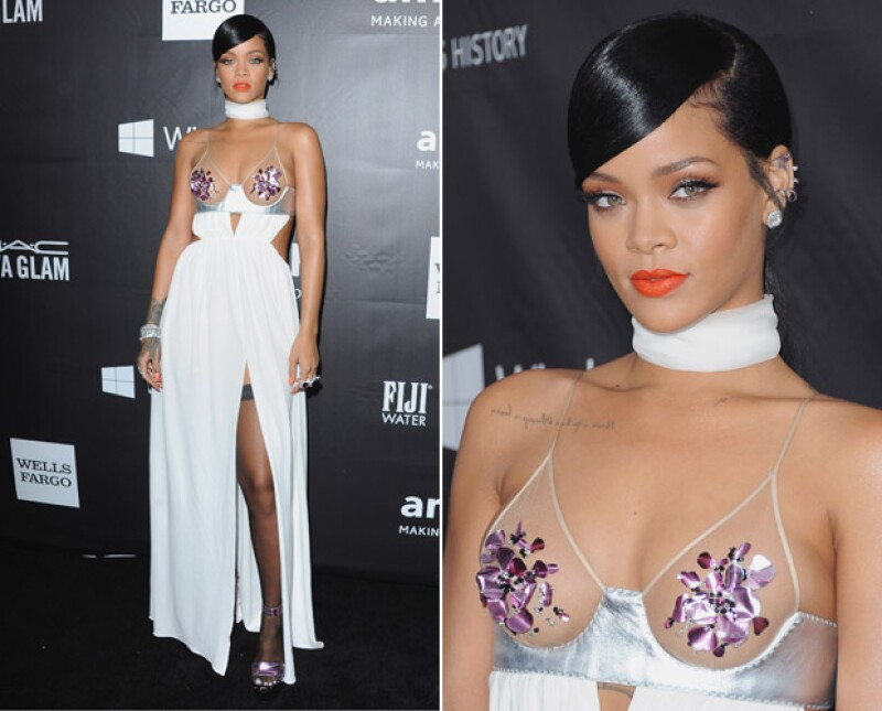 Elegante, pero sexy, así se mostró Rihanna en la fala amfAR.