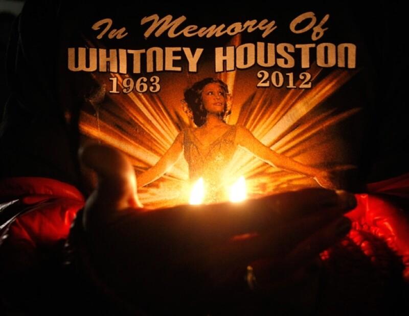 El cuerpo de la cantante llegó a su natal Newark; su funeral se realizará en la misma iglesia de Nueva Jersey donde la artista empezó a cantar cuando era niña.