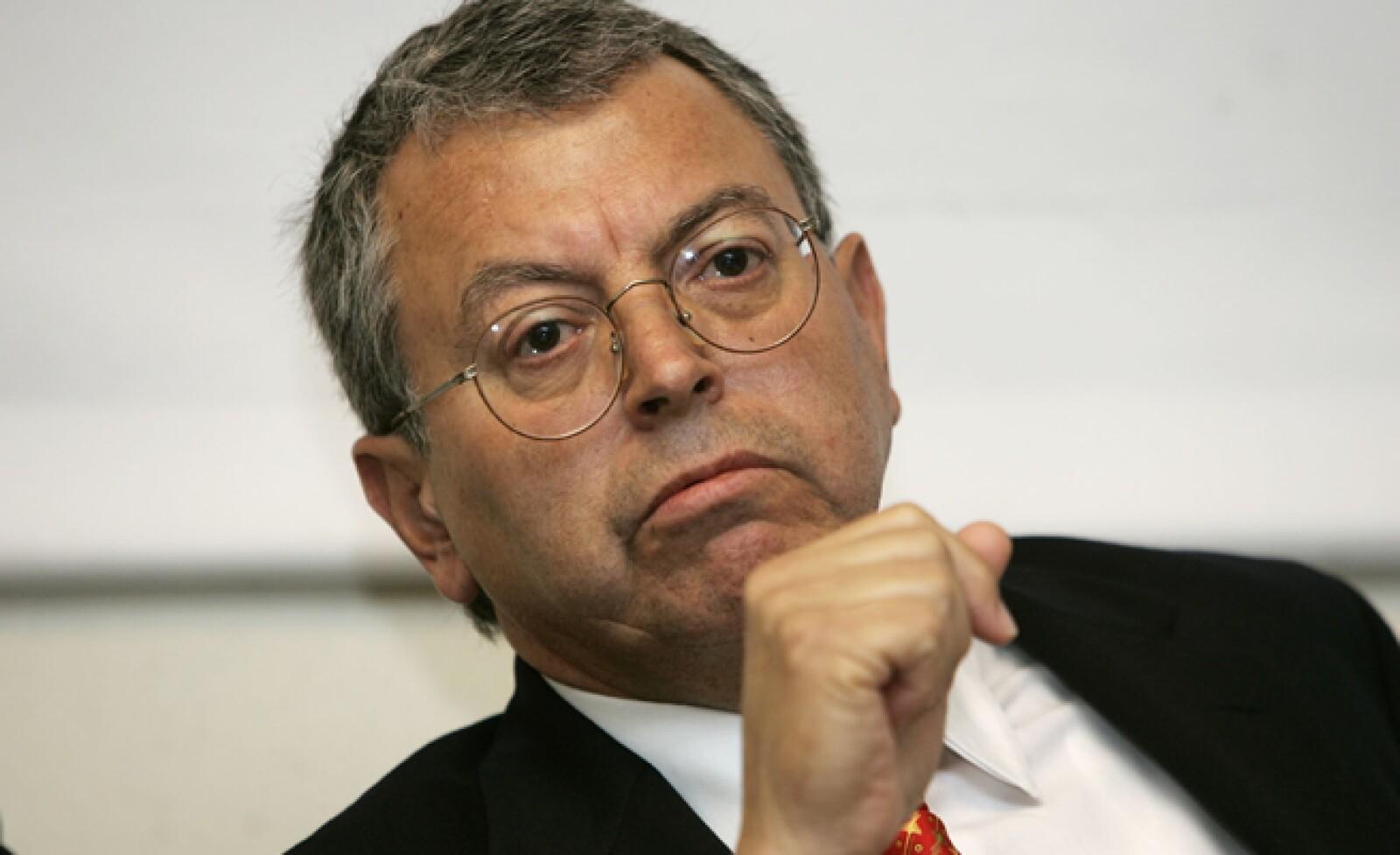 El candidato por el Partido Centro Democrático fue quinto lugar en los comicios del 2000; actualmente dirige una corriente de izquierda ligada al PRD llamada DIA y es candidato a Senador por la vía plurinominal por ese partido.