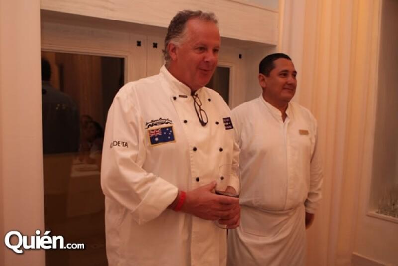 Gregorio Jiménez y su esposa, la actriz, Anette Michel disfrutaron de las delicias preparadas en el evento gastronómico de Nayarit.