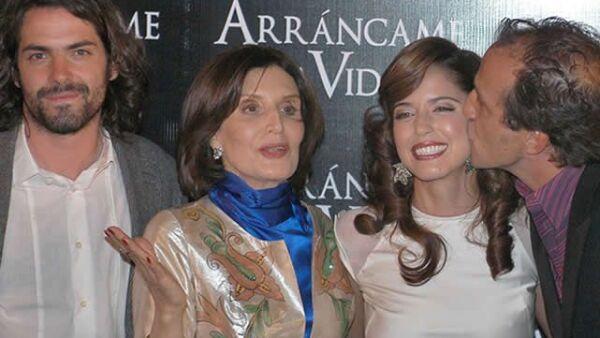 Jose María de Tavira, Ana Claudia Talancón, Ángles Mastretta y Daniel Giménez Cacho, felices en la premiere.