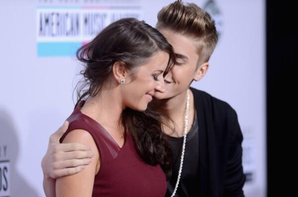 Justin y su mamá, Pattie Mallete.