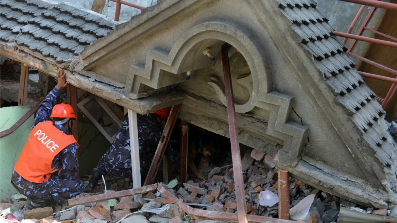nepal segundo sismo rescatistas