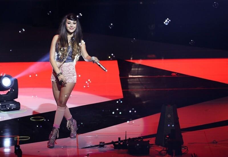 La cantante habló de su interés por terminar una carrera universitaria y quizá, en algún momento crear una marca debido a su interés en la moda.