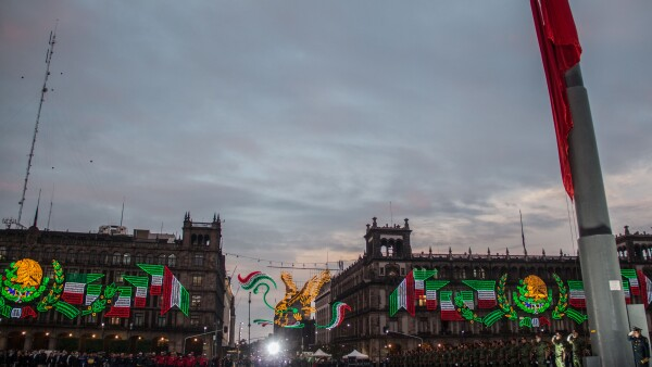 bandera zocalo co.jpg