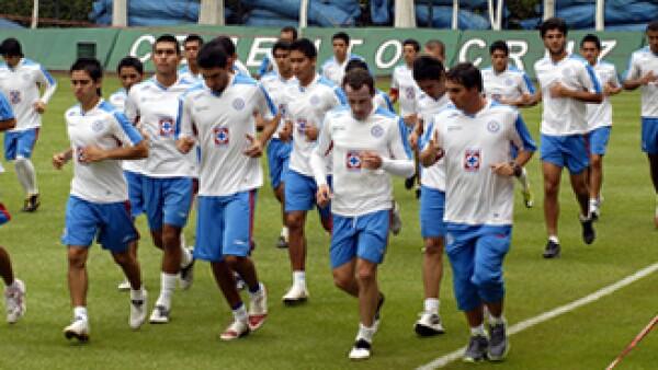 La comisión de Hacienda de la Cámara de Diputados pidió investigar al club Cruz Azul por evasión fiscal y contratos dobles. (Foto: Notimex)
