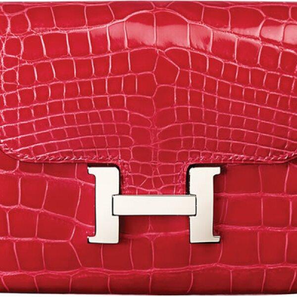 Las bolsas son las nuevas joyas. Esta cartera es de Hermès.