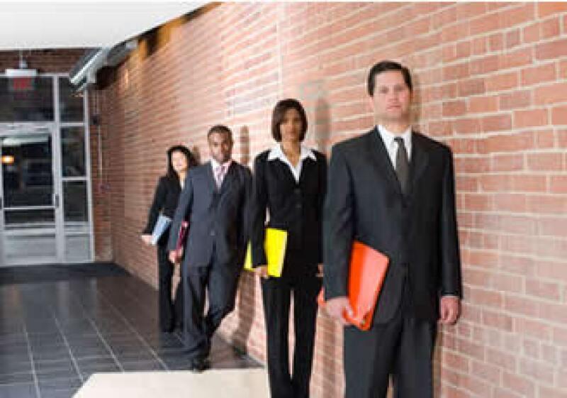 El proceso para elegir a un empleado puede llevar mucho tiempo. Sé paciente. (Foto: Jupiter Images)