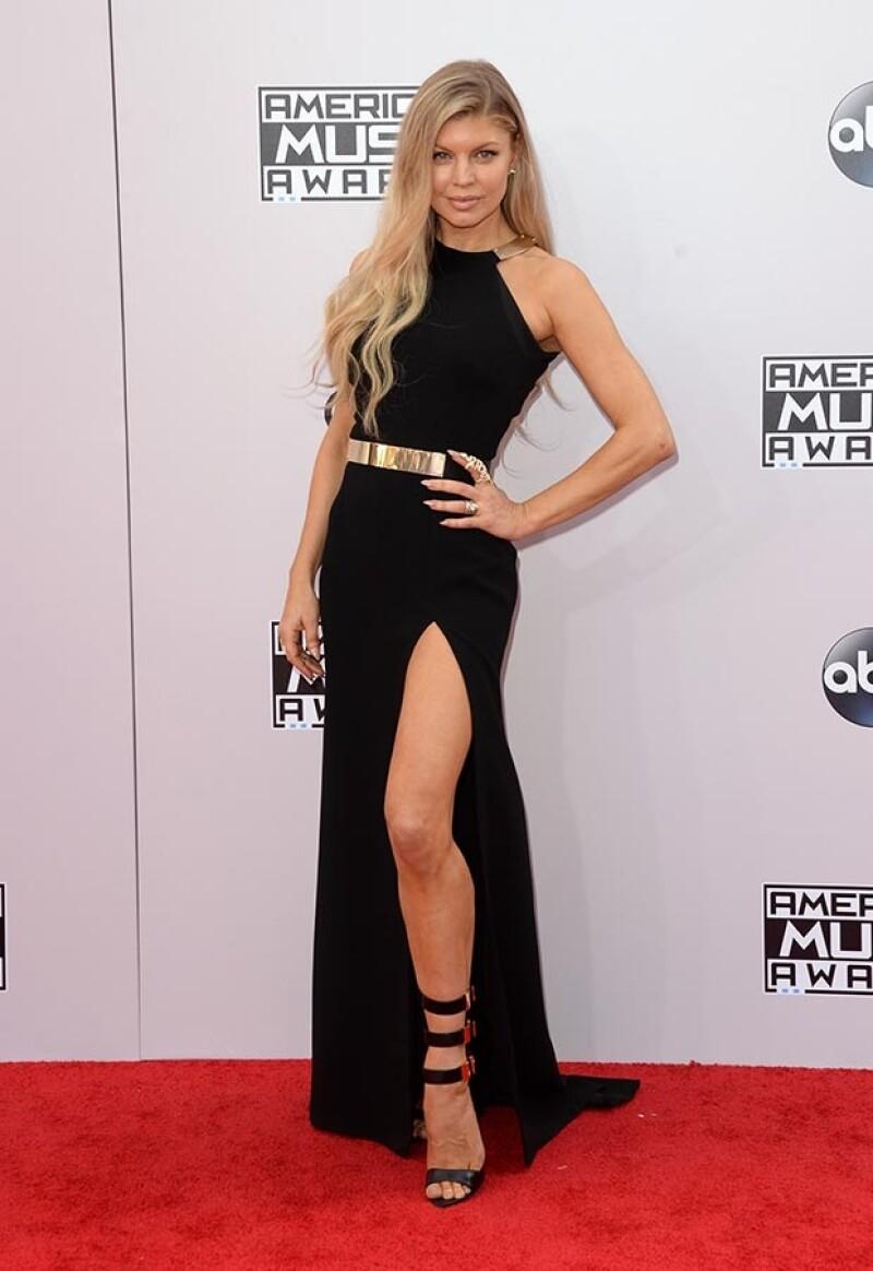 Taylor Swift, Selena Gomez, Kendall Jenner y Fergie derrocharon estilo, mientras que Bleona Qereti, Diana Ross y Zendaya fueron centro de críticas por sus elecciones.