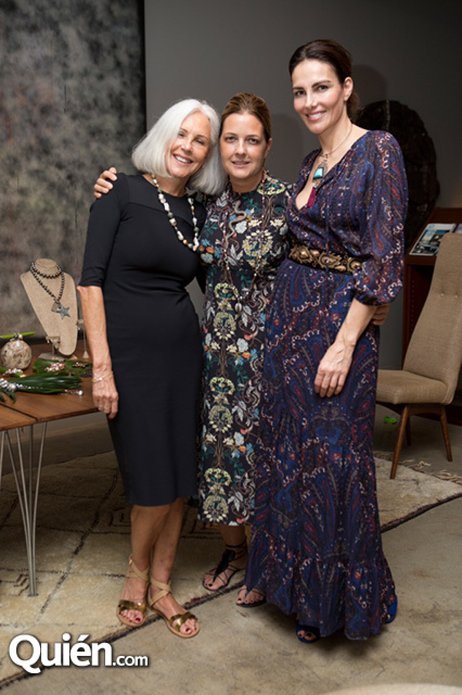 Sabine Bruvillet,Cathy Vedovi y Adriana Abascal