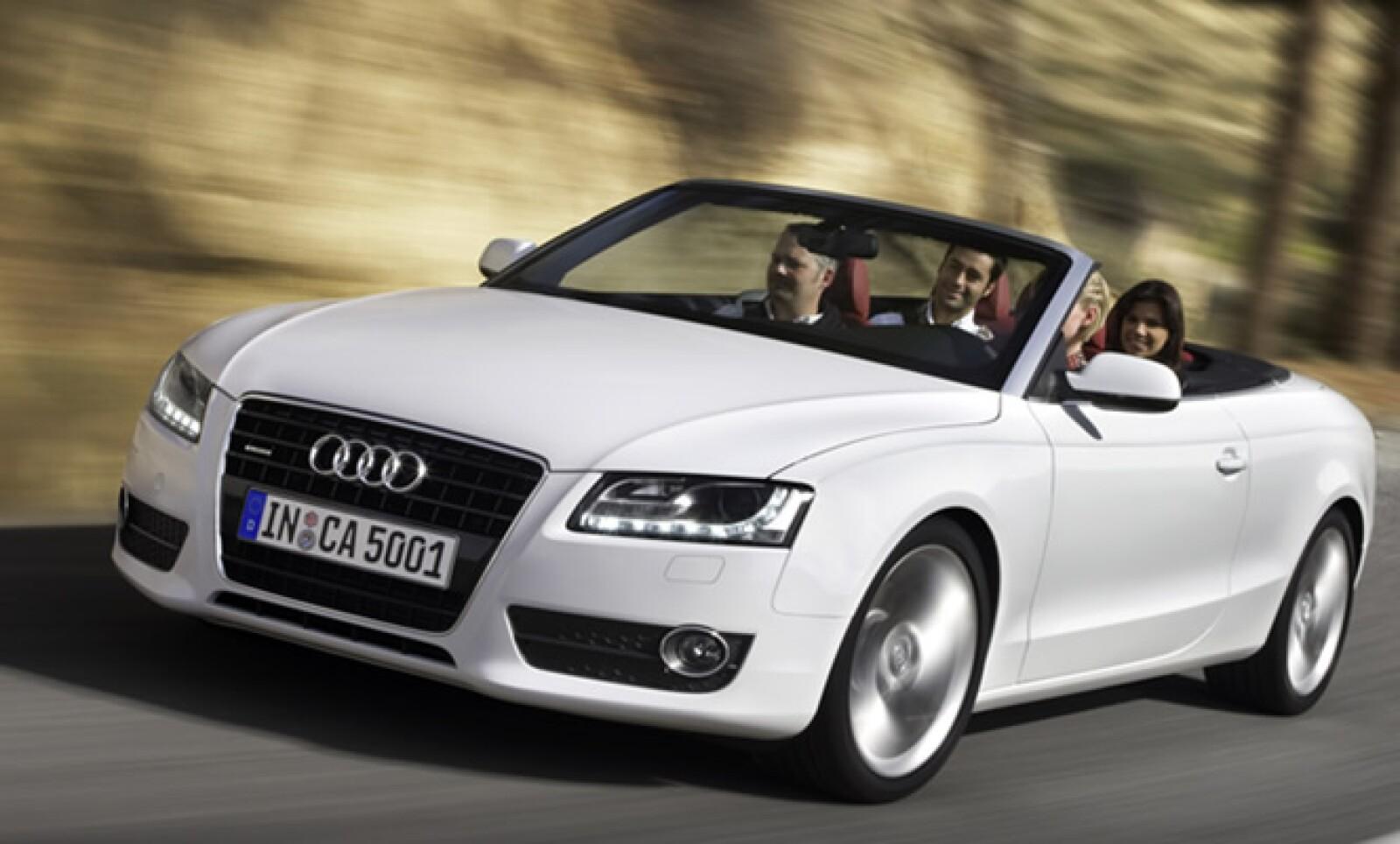 Entre los festejos de Audi por sus 100 años Audi introducirá nuevos modelos al mercado mexicano: el Audi R8, A5 Cabriolet, Audi S4 y la SUV Q7. En la foto, el A5 Cabriolet, ahora con 211 caballos de fuerza y 7 velocidades.