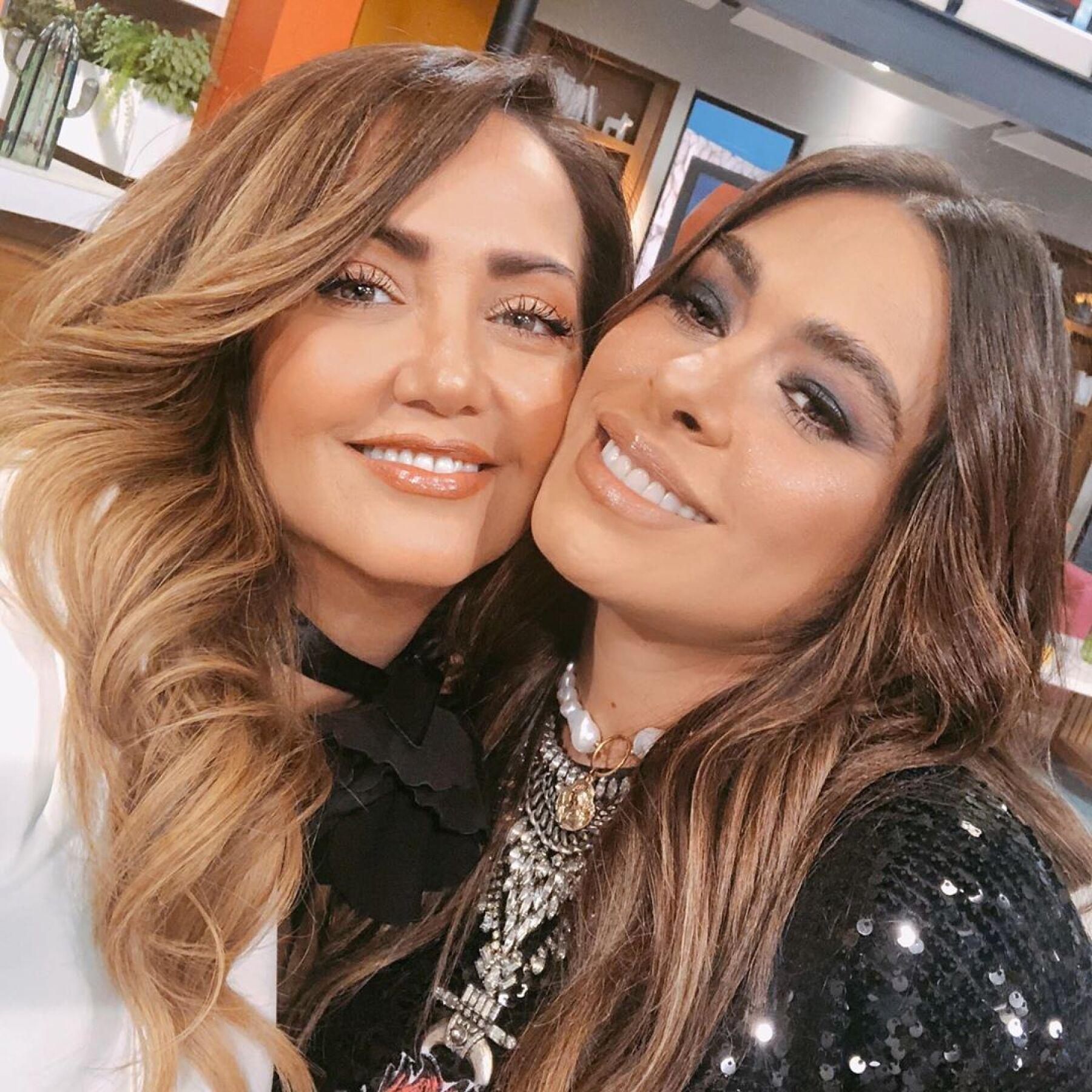 Andrea Legarreta y Galilea Montijo