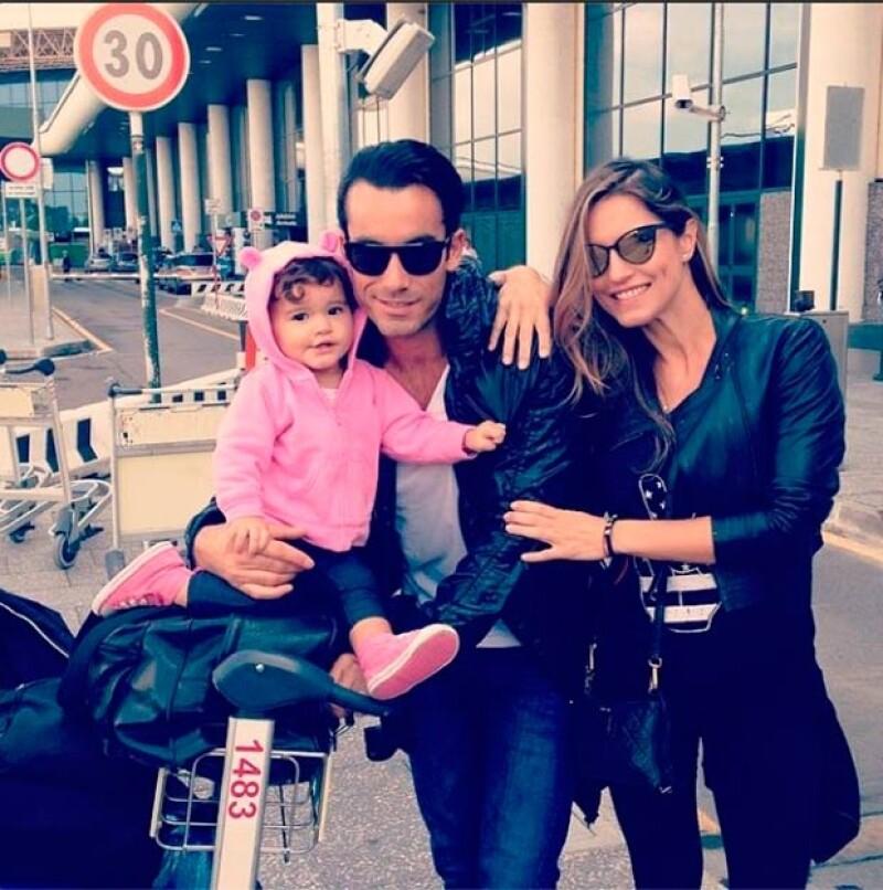 La atractiva familia viajó a Verona por un compromiso laboral de la argentina, sin embargo, aprovechó el viaje para explorar y disfrutarse por Venecia.