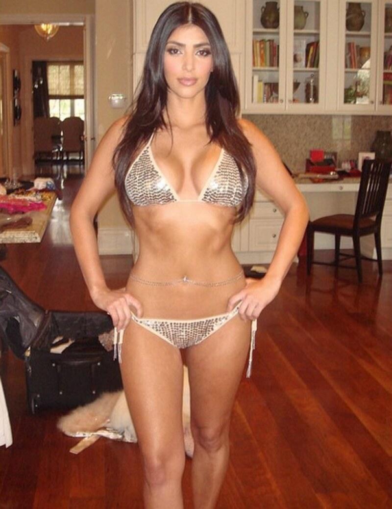 Con una antigua foto en bikini, en la que luce una espectacular figura, la socialité se autocorona como Miss Teen Armenia.