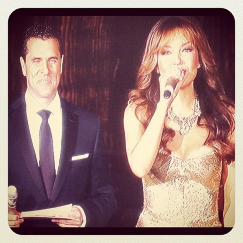 """La cantante interpretó el tema """"Gracias"""" que Gian Marco compuso especialmente para este día de homenaje a Roberto Gómez Bolaños."""