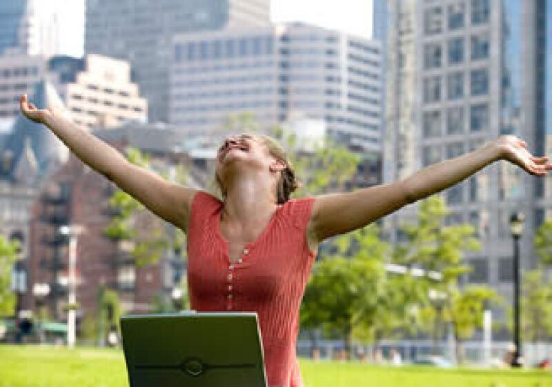 La felicidad podría ayudar a definir las políticas económicas en el mundo industrializado, según expertos. (Foto: Jupiter Images)