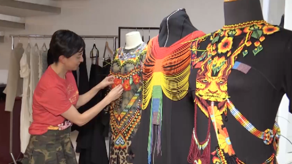 Una indígena transgénero y una diseñadora colombiana conquistan pasarelas en NY