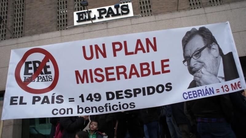 Empleados de El País en huelga
