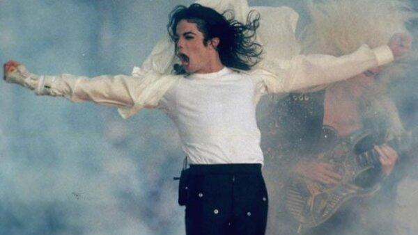 En 1993, Michael Jackson se encargó de encender los ya encendidos ánimos del Super Bowl XXVII.