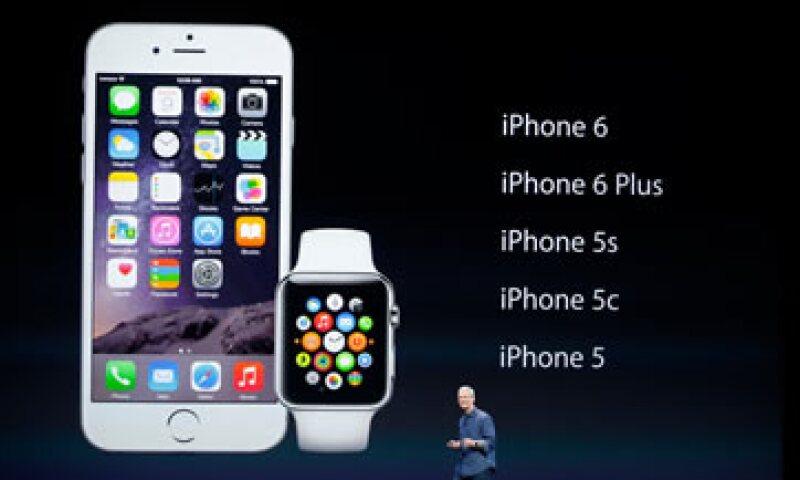 El Apple Watch es el primer producto nuevo que ha sido desarrollado y presentado bajo la dirección del presidente ejecutivo, Tim Cook.  (Foto: Reuters)