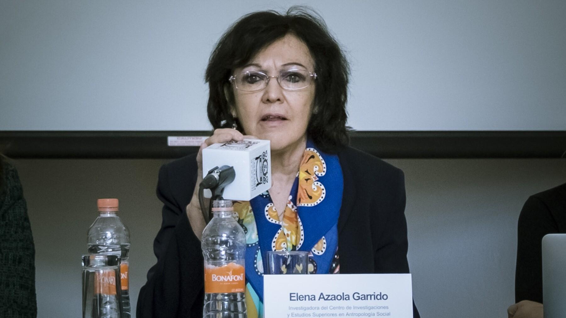 Elena Azaola