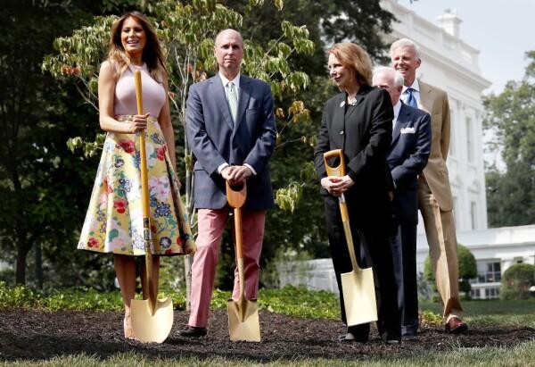 El desafortunado look de Melania Trump