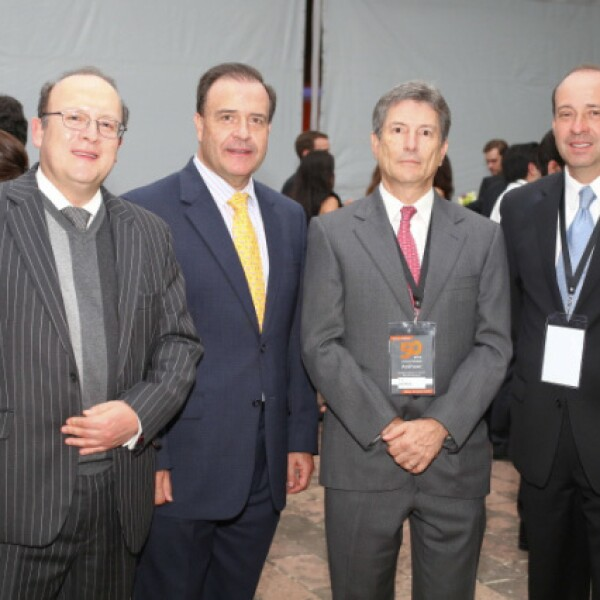 Luis Monroy, Xavier Aranzabal, Manuel Sáenz y Jorge Yarza.