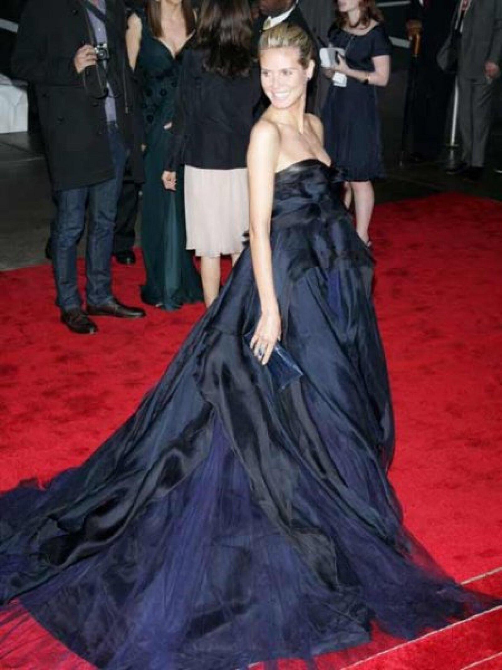 Heidi Klum es consentida de los diseñadores y de la cigüeña, tiene tres y espera el cuarto con su esposo, el músico británico Seal.
