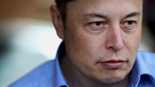 El CEO de Tesla ofreció disculpas por los problemas de manufactura encontrados en su SUV de lujo y prometió mejorar sus procesos hacia el futuro.