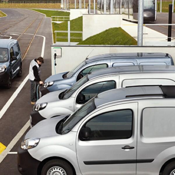 Es apreciado por empresas preocupadas por sus consumos energéticos, y también por municipios, parques y hospitales, por la ausencia de ruidos y vibración.