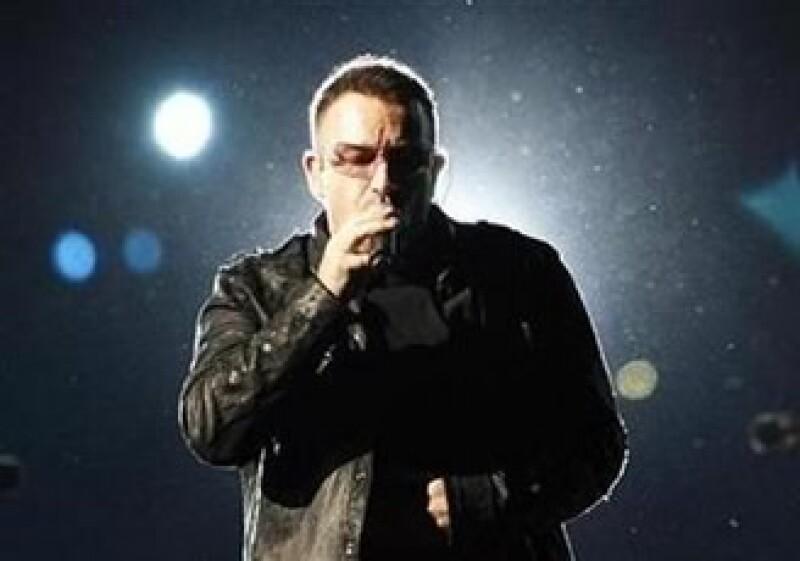 El cantante Bono es uno de los líderes de la firma de capital privado, que posee una inversión en Palm. (Foto: Reuters)