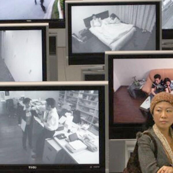Una mujer china aprende sobre violencia doméstica