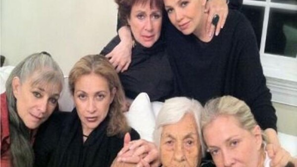 Eva Mange podría demandar a sus nietas Ernestina, Gabriela, Federica y Thalía por pensión mensual.