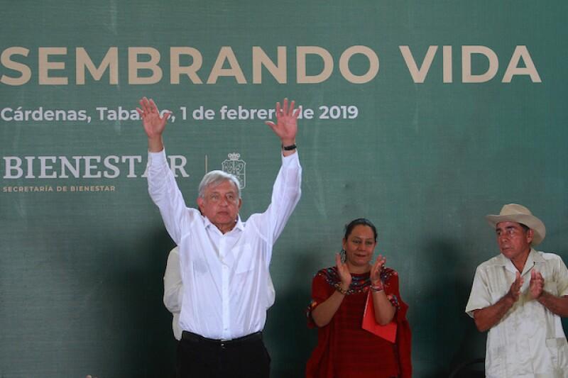 Andrés Manuel López Obrador presentó el programa Sembrando Vida