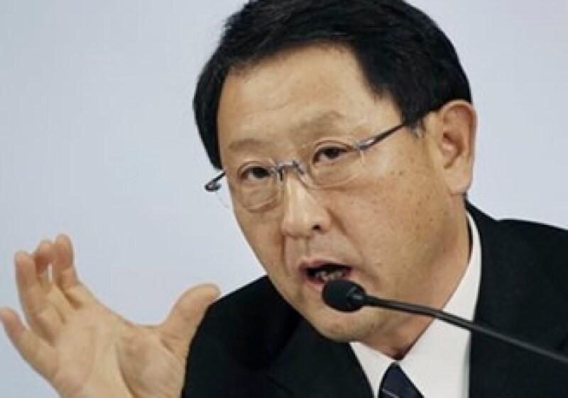 Akio Toyoda se reunirá con el secretario de Transporte de EU en las próximas semanas. (Foto: AP)