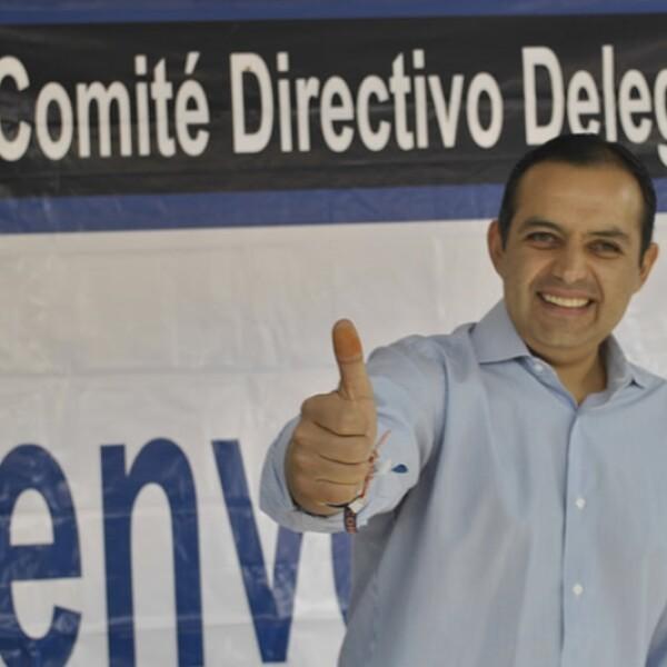 Ernesto Cordero votando PAN