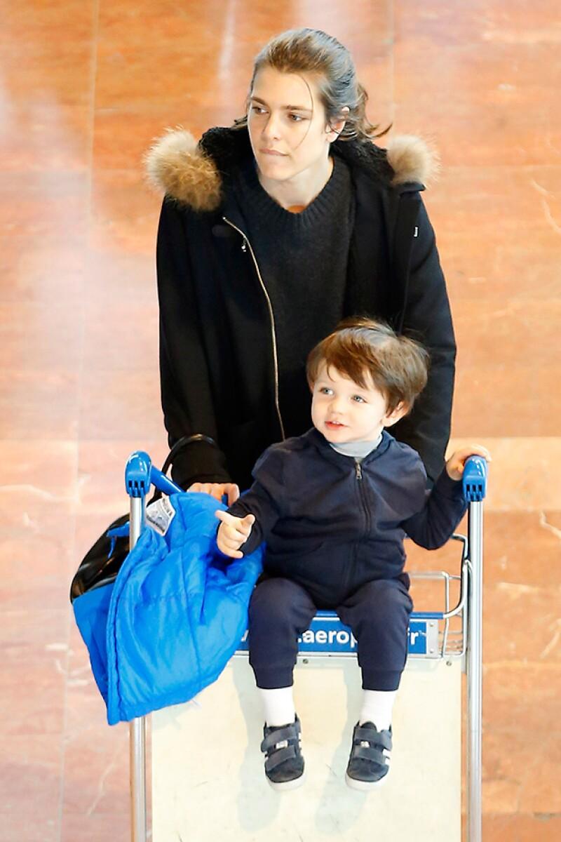 Carlota y su hijo encantan con su belleza.