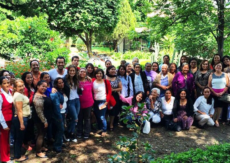 El actor se mostró orgulloso de que él y su esposa pudieron celebrar a muchas mamás en su día, originarias de Guanajuato.