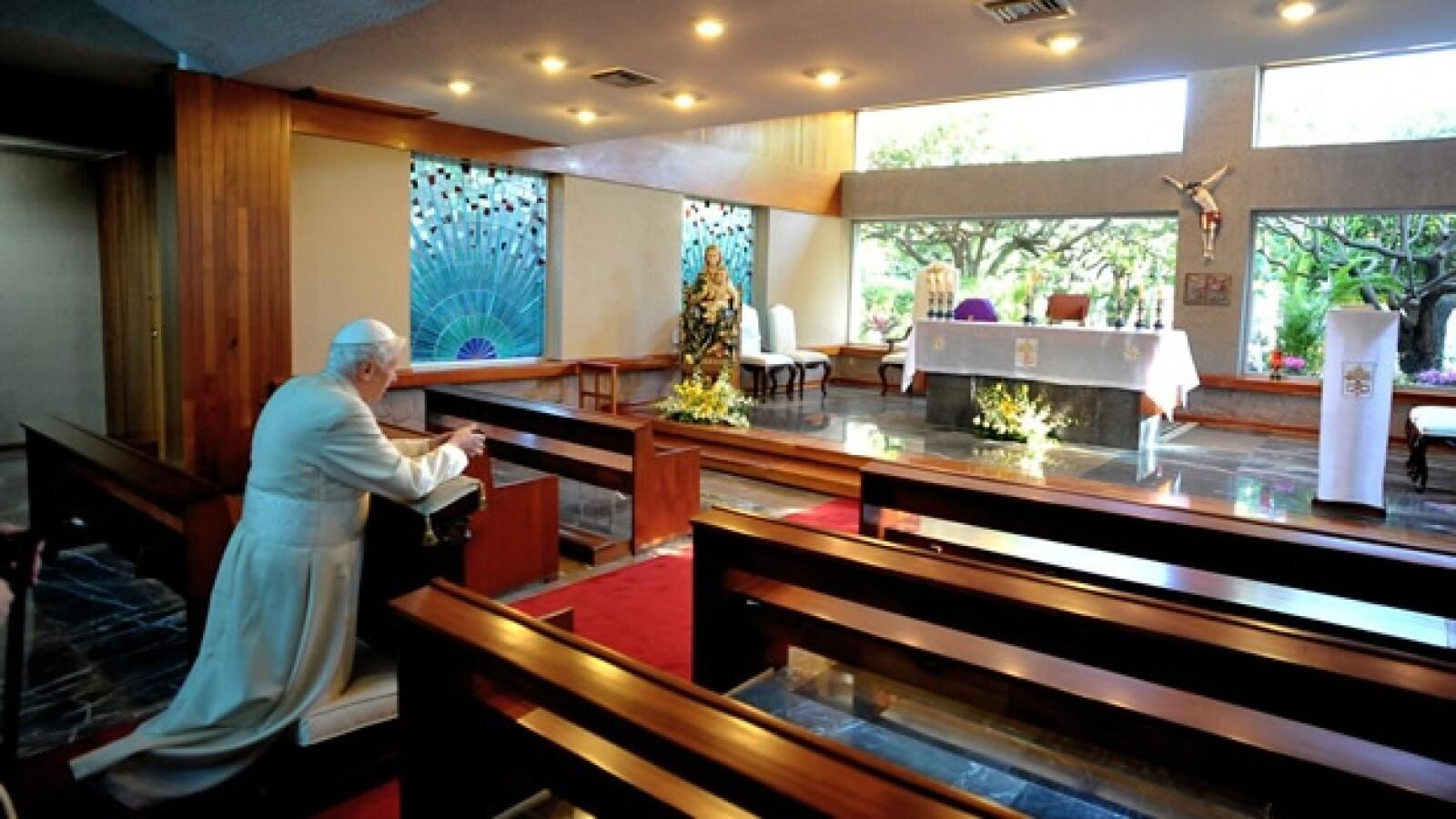 papa benedicto xvi colegio miraflores misa  3