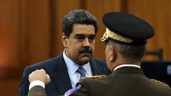 Nicolás Maduro Vladimir Padrino renuncia