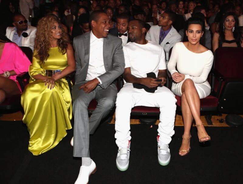 Entre los rumores previos a la boda se dijo que Jay Z sería el padrino de Kanye en este importante día.
