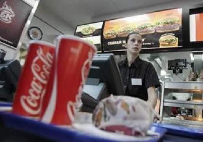 Los ingresos totales de Burger King subieron 2% a 645.4 mdd gracias a un aumento en sus restaurantes. (Foto: Reuters)