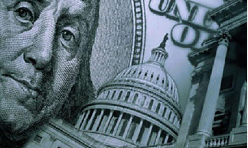 S&P dijo que el abismo fiscal resultará en una contracción de la economía de Estados Unidos. (Foto: Getty Images)