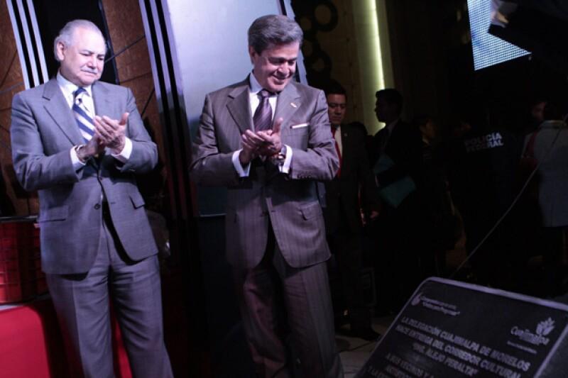 El hermano del ex presidente Carlos Salinas de Gortari estuvo presente en el corte de listón del corredor cultural con el empresario Carlos Peralta.